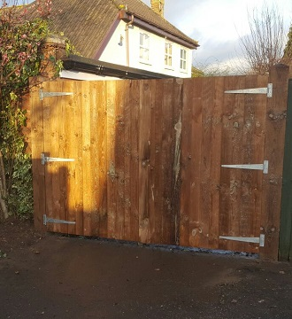 Caravan Gates in Thorpe St Andrew